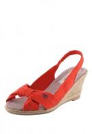 Купить оптом туфли